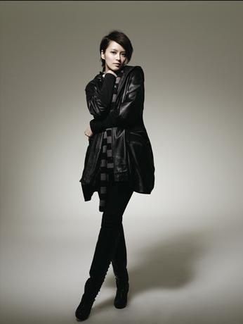 珂罗娜时尚女装2010全国招商!